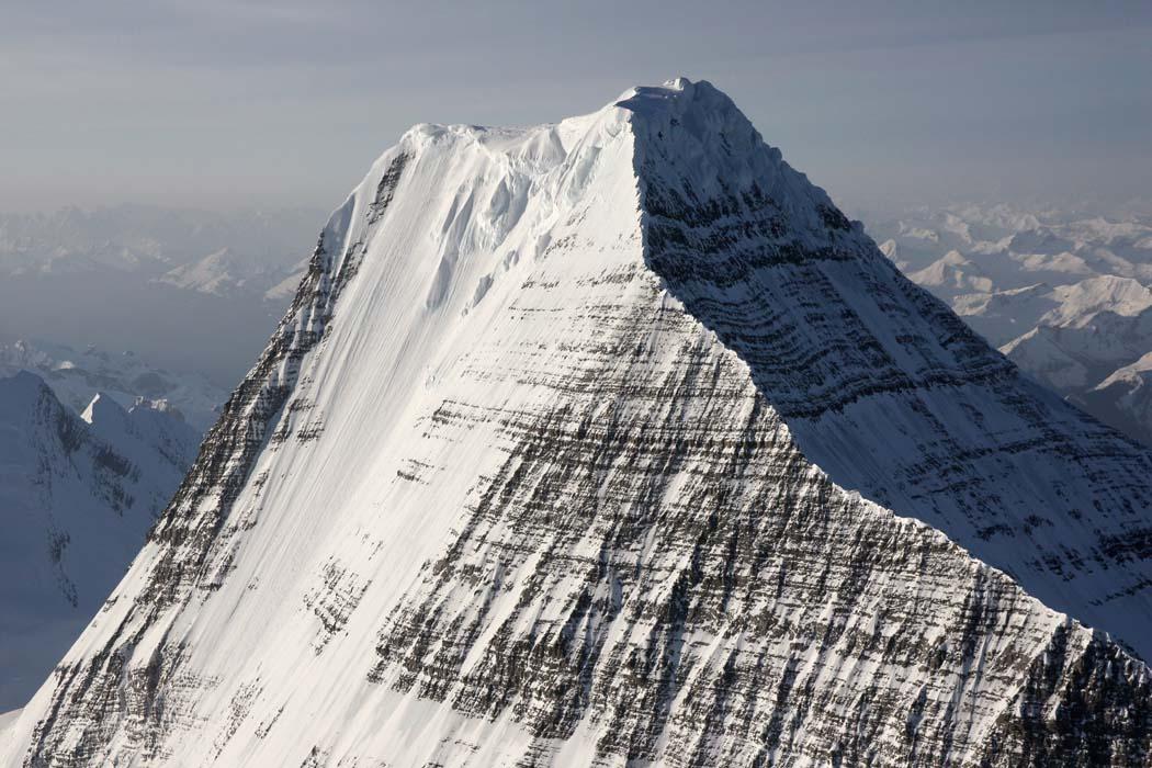Robson, Upper Emperor Ridge <br> (Robson051608-_124.jpg)