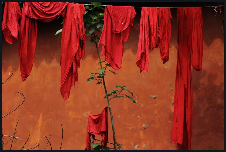 Huangjeuping - Temple to Kuan Yin above the Yangtze River