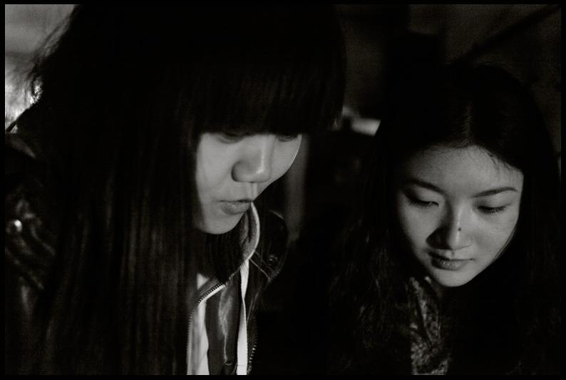 Jenni and Flora - Brown Bar, Huangjeuping