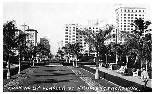 1920s - looking west on Flagler Street from Bayfront Park