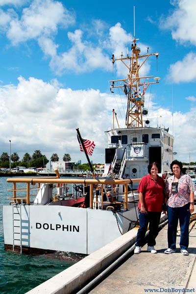 2009 - Cari Henriquez and Adelaide Henriquez with the CGC DOLPHIN