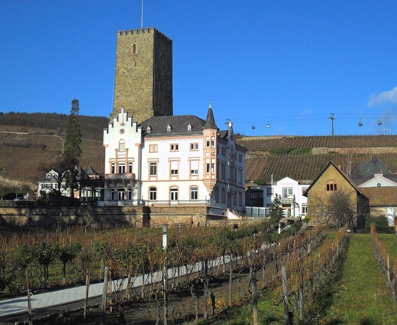 BOOSENBURG CASTLE