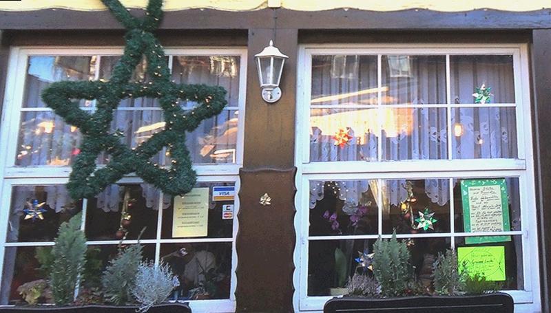 CHRISTMAS WINDOW . 1