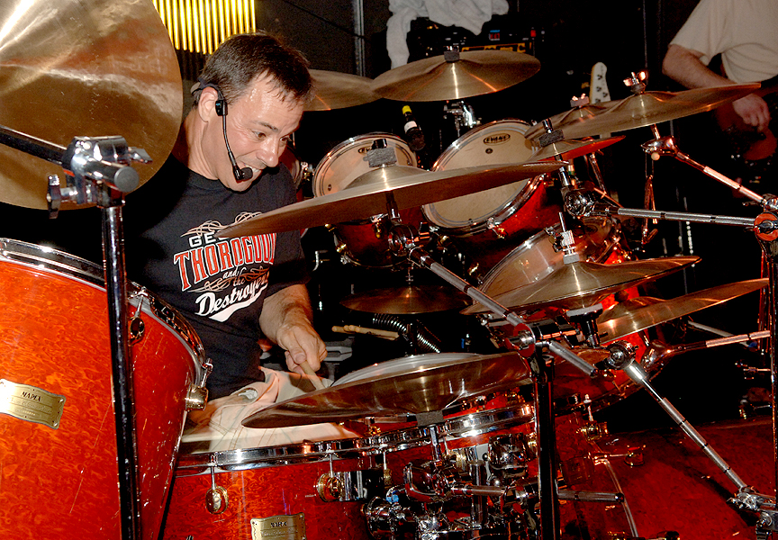rob_drums_01.jpg