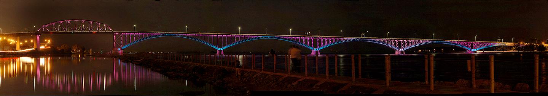 Peace_Bridge_pan_60509.jpg