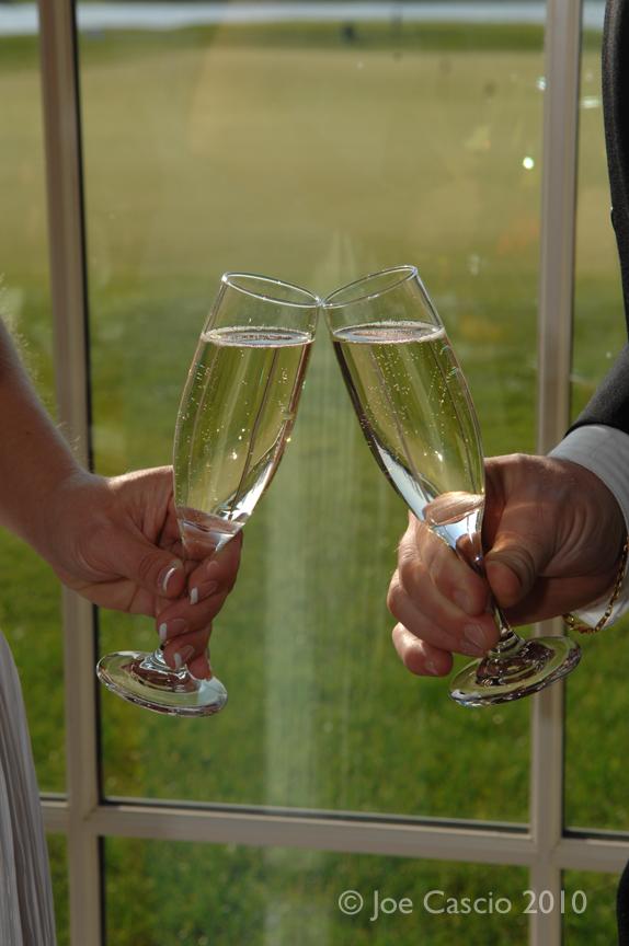 champagne_toast_01.jpg