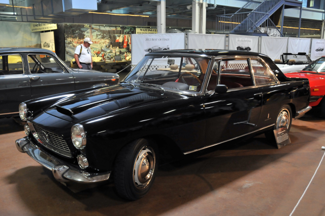 1960 Lancia Flaminia Coupe by Pinin Farina (two words until 1961) (5001)