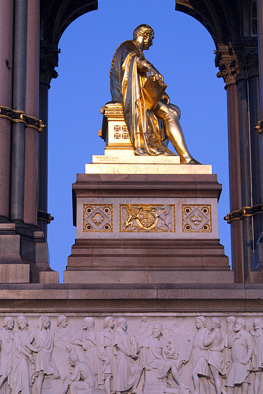 Albert Memorial Golden Statue 06