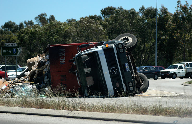 R is for Rubbish truck Rollover on Reid Highway