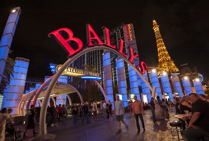 Vegas Sidewalk Life
