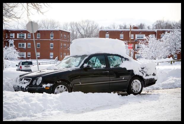 0053.Example of car roof snow mushroom!
