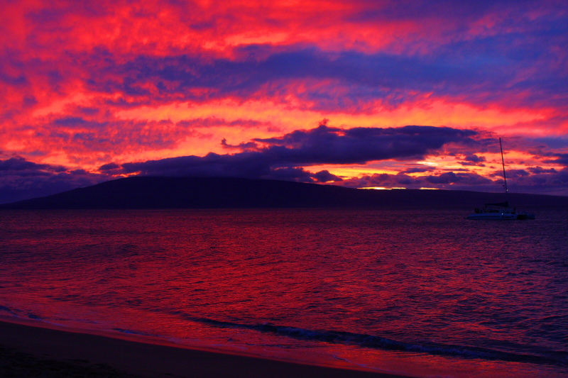 Kanaapali beach with Lanai as the last light fades, Sunset, Maui, Hawaii, USA