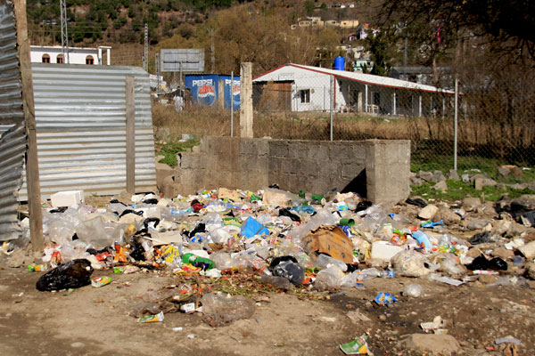 Rubbish in Bagh