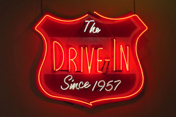 08 The Drive-In 2678