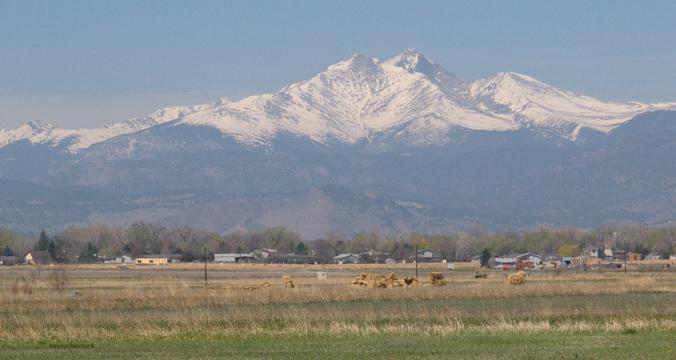 zP1040341 Injurious air between Longmont and Longs Peak in Rocky Mountain National Park.jpg