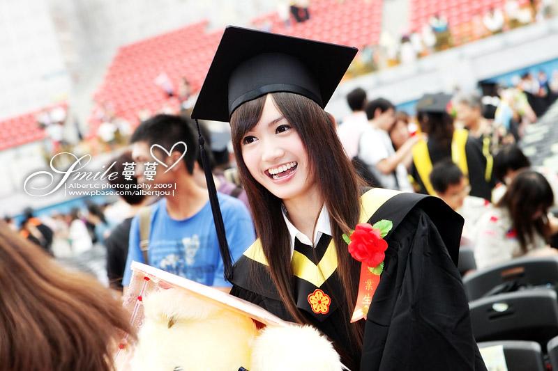 graduate_001.jpg