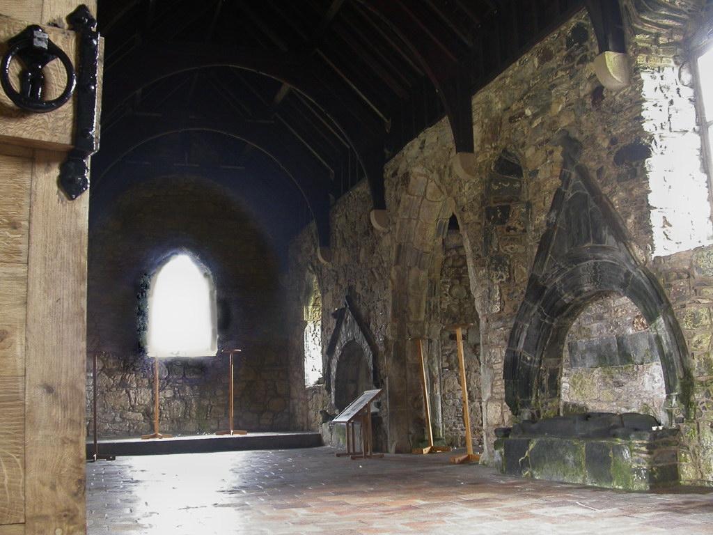 Roghadall church interior