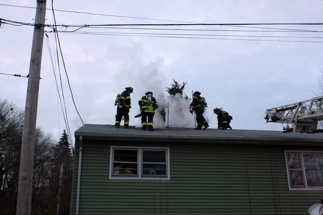 20081120_derby_ct_house_fire_26_seventh_7th_st_0964.JPG