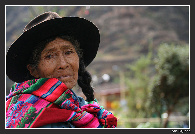 Mujer Ollantaytambo