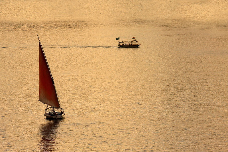Feluca and boat feluka in èoln_MG_79491-11.jpg