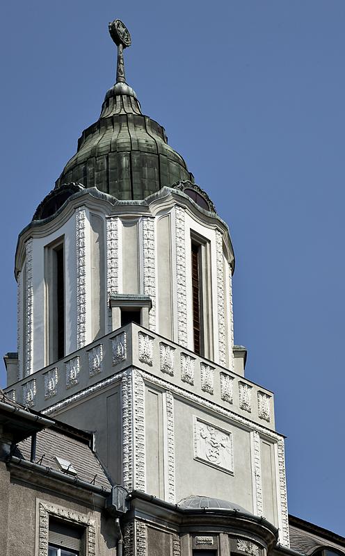 Striking Seccessionist building