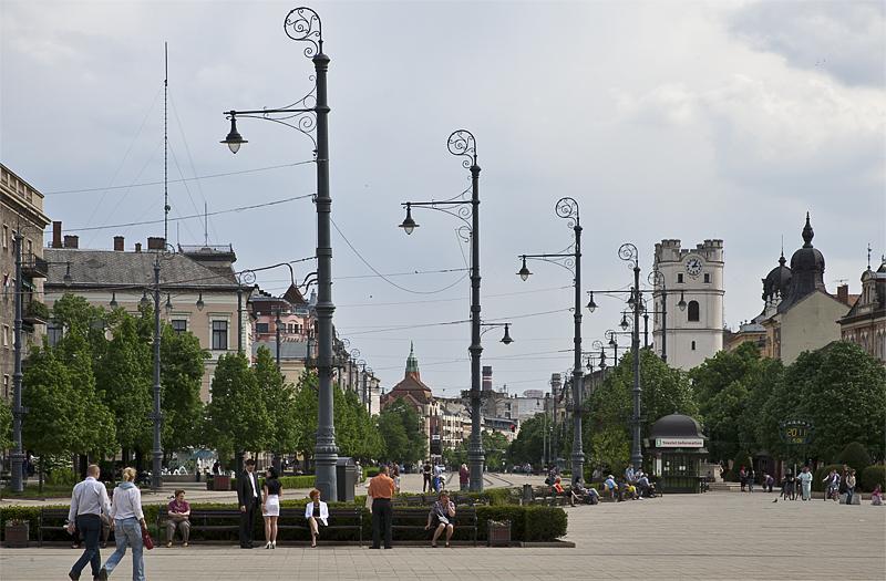 Saturday afternoon on Kossuth tér
