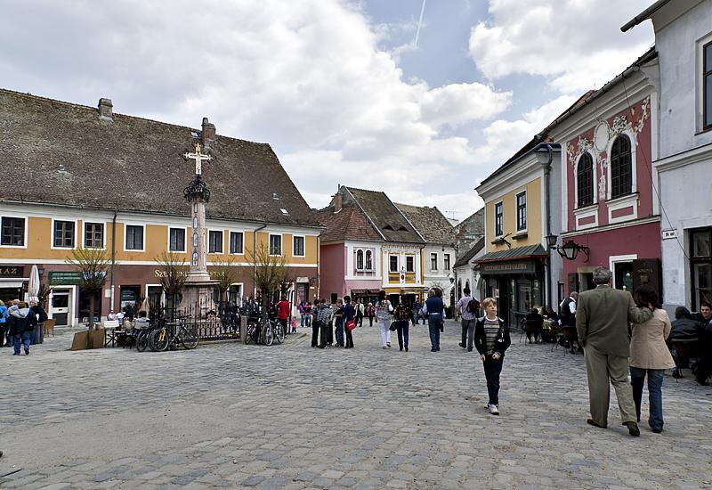 Fő ter (Main Square)