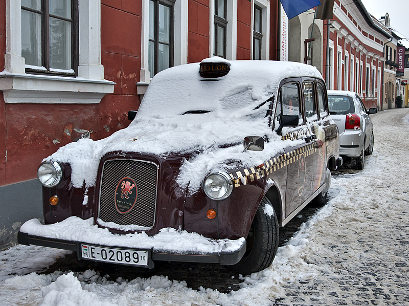 Red Lion taxi