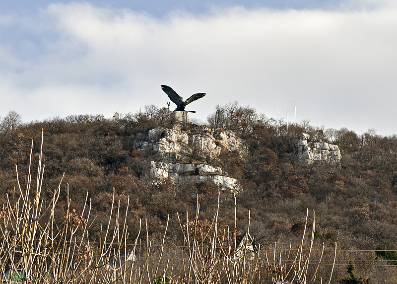 Tatabánya: Turul from the highway below