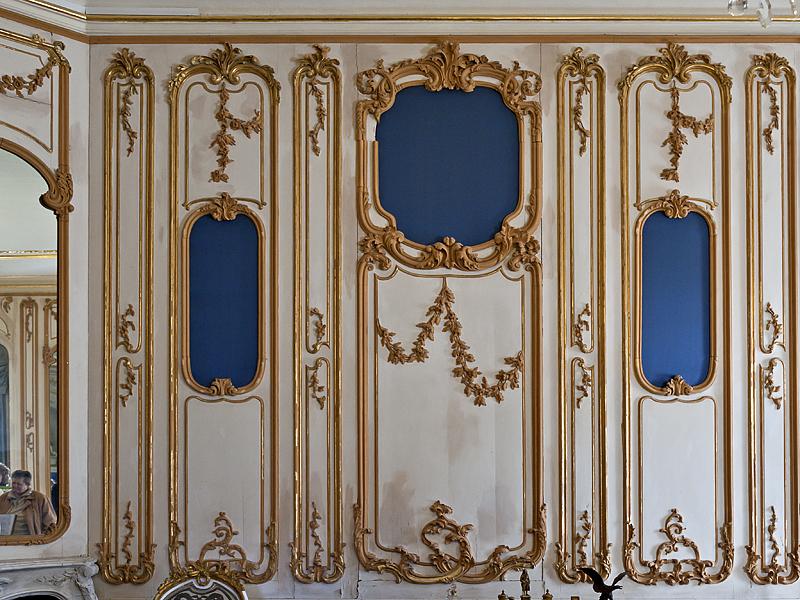 Princes apartment, wall decoration