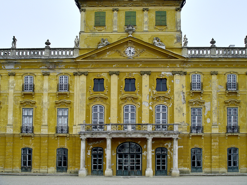 Palace rear, April 2010
