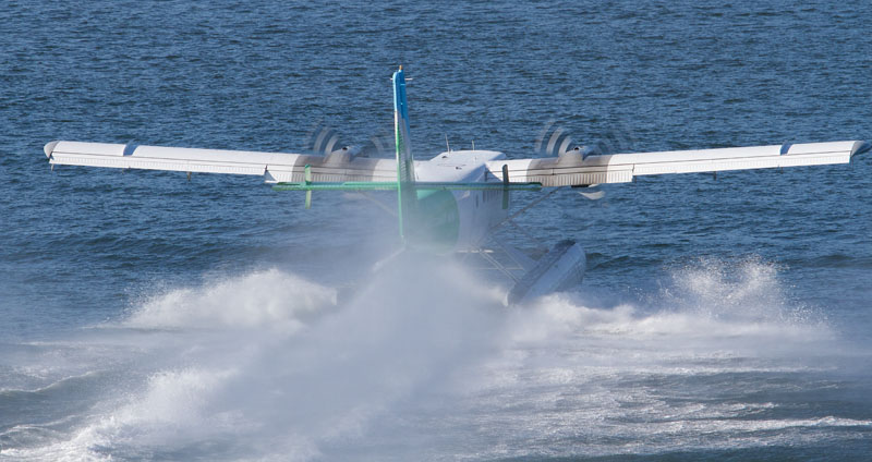Twin Otter Take Off