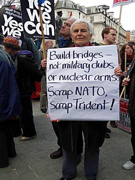 Scrap NATO !