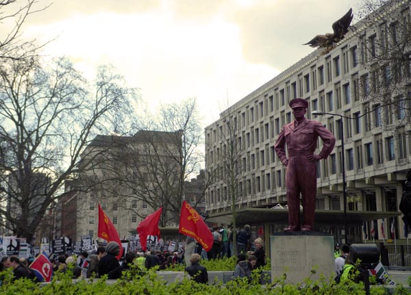 G20 & the Statue