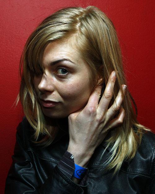 Anna Ternheim backstage