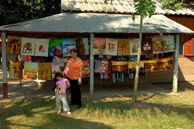 Art Shopping Laos 2006