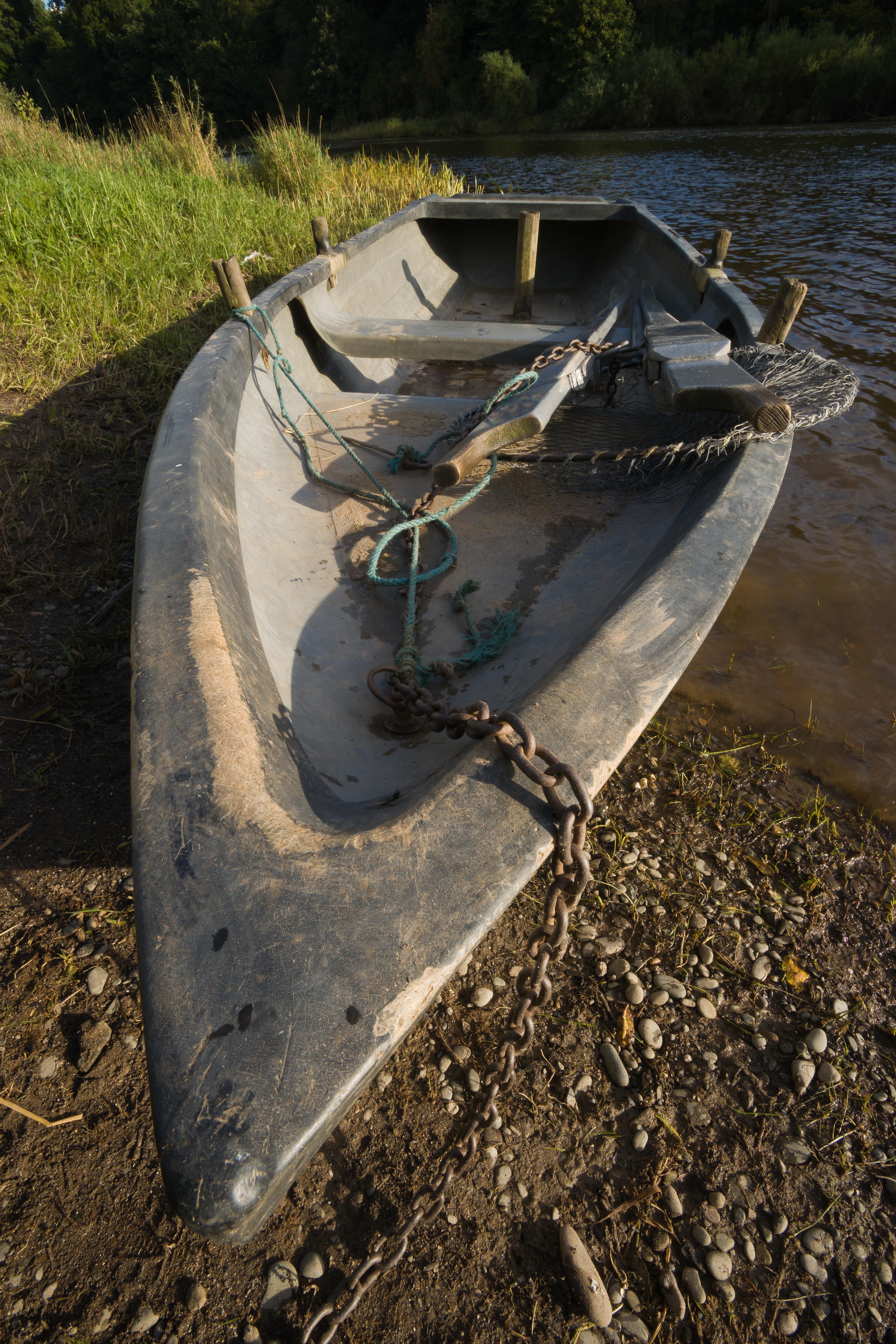 17mmboatf22.jpg