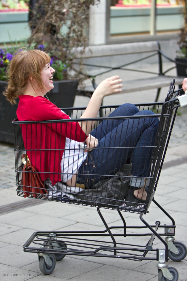Shopping_fun2.jpg