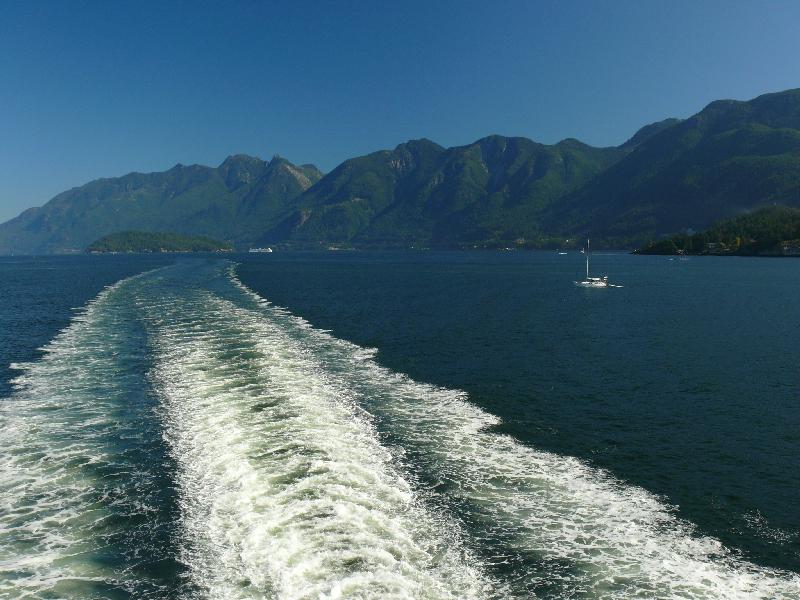 Ferry wake, Howe Sound.jpg