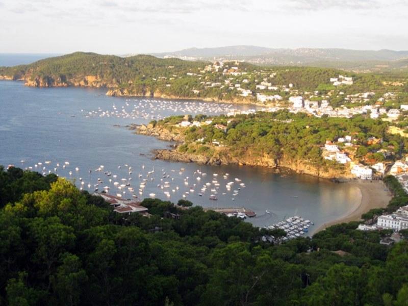 Vista des del Far de Sant Sebastia