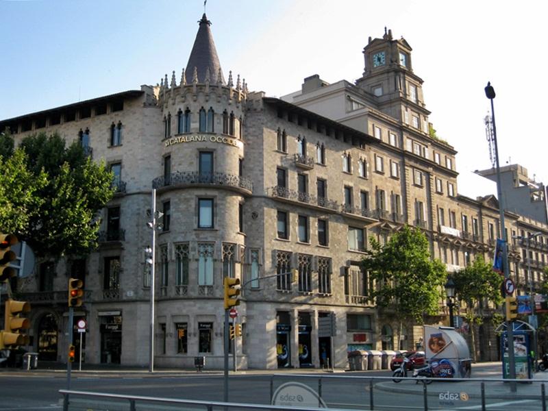 Casa Pascual i Pons (Passeig de Gràcia 2-4) Enric Sagnier i Villavecchia 1890-1891