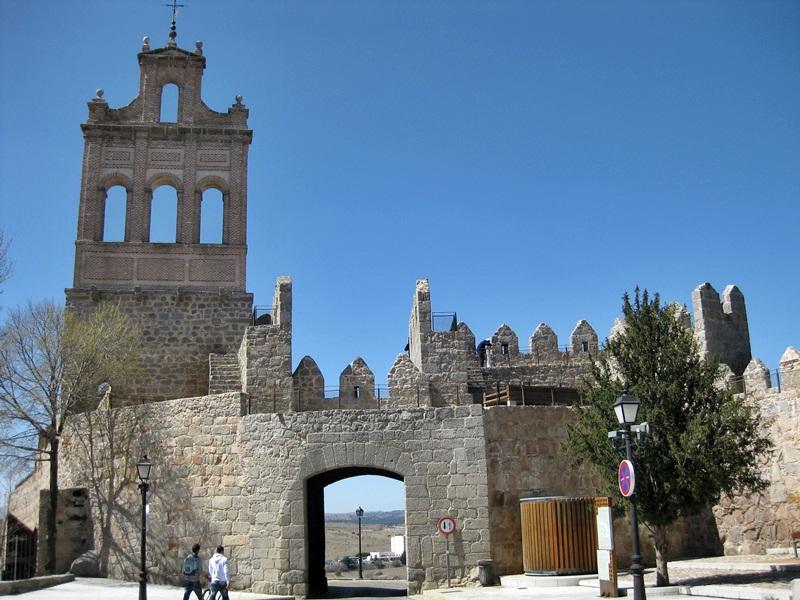 Murallas de Avila. Puerta del Carmen