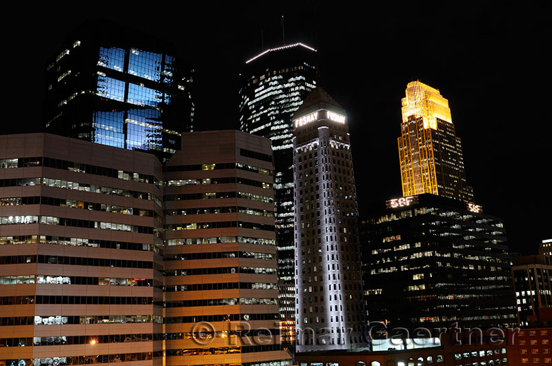 182 Minneapolis night 3.jpg