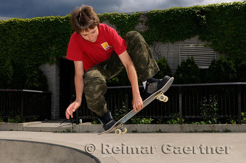 200 Skateboarder 2.jpg