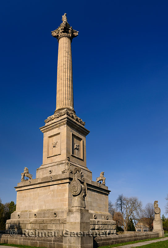 234 Brocks Monument 1 P.jpg