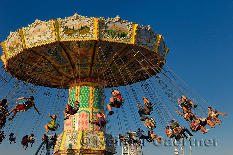 245 Swing ride 1.jpg
