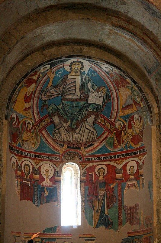 Sant  Climent de Taüll, inside.