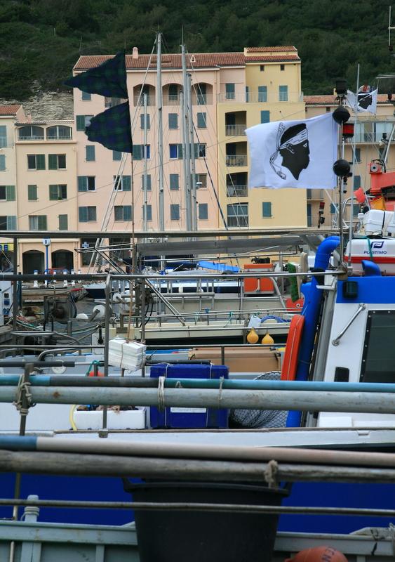 Bonifacio, le port de plaisance.