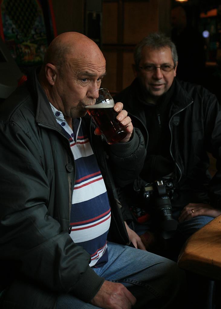 Bob, his pint, and Peter
