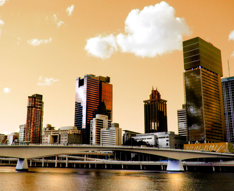 Brisbane in unrealistic golden glow